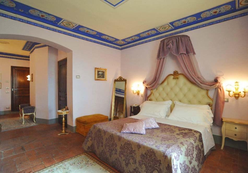 Camera Da Letto Stile Barocco Piemontese : Camera matrimoniale a città della pieve